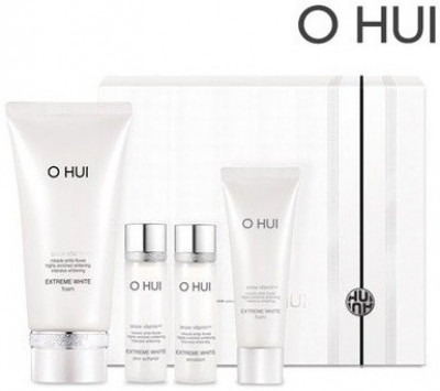 Sữa rửa mặt trắng da OHUI Extreme White